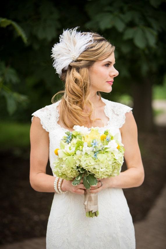Wedding Bridal Fascinator, Bridal Fascinator, Feather Fascinator , Wedding Veil, Bridal Headpiece, Pearl and Rhinestones, Ivory Fascinator