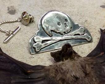 Headstone Skull & Crossbones Tie Pin Brooch