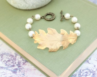 Oak Leaf Bracelet Cream Ivory Pearl Beaded Bracelet Gold Brass Leaves Woodland Wedding Nature Inspired Spring Summer Jewelry Gift For Her