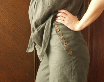 hand dyed tissue linen bloomers with wooden buttons and broad lace hem
