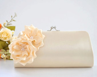 Vanilla Bridal clutch / Bridesmaid clutch