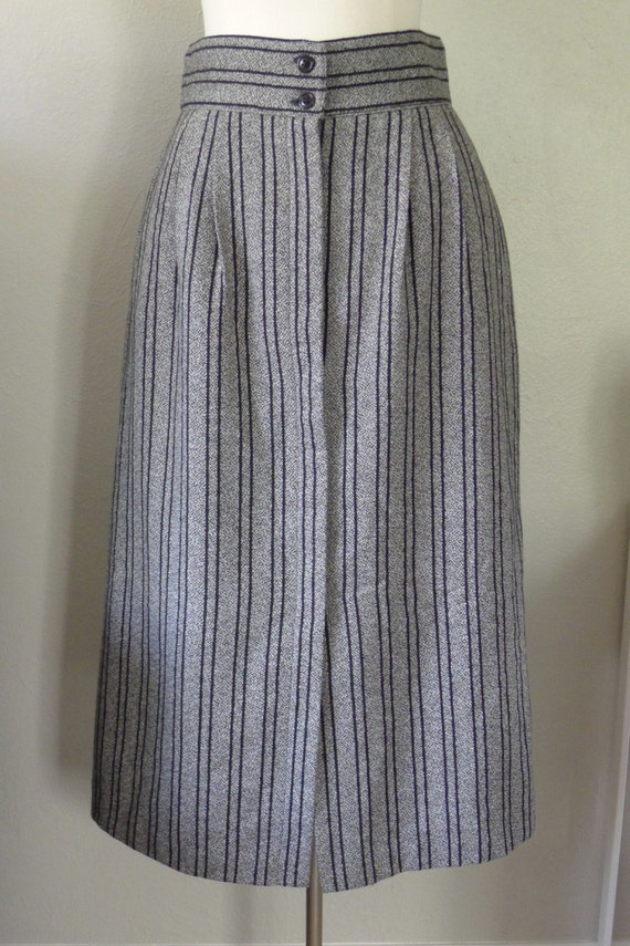 sale wool skirt 80 s high waist below knee size by getmodern