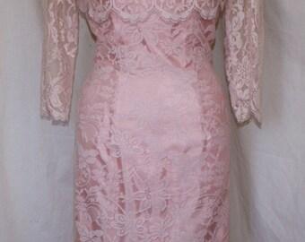 Vintage 1950s early 1960s Lilli Diamond pink lace hourglass cocktail wiggle dress M L VLV rockabilly Madmen