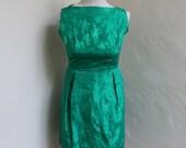 Festive 1960's  Green Satin Mini Dress - Size 2