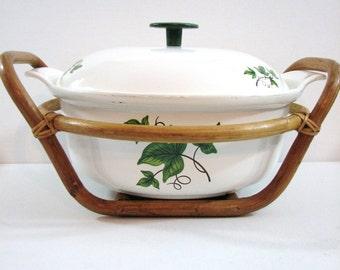 Vintage Prizer Ware Enameled Cast Iron Covered Round Casserole with Rattan Cradle / Trivet, Ivy Design ... Retro Kitchen, Gift Idea