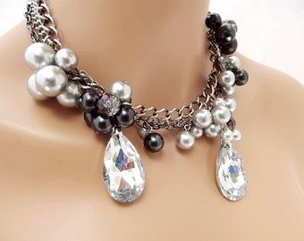 Chunky Pearl Statement Necklace, Black Grey Pearls, Crystal Pearl Wedding Jewelry, Bridal Crystal Necklace