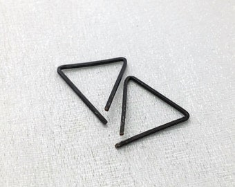 Triangle earrings - simple modern everyday earrings - minimalist earrings - geometric hoops by WaterLelie