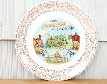 Minnesota Land of 10,000 Lakes Souvenir Ceramic Plate
