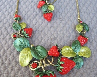 Juicy Red Enameled Strawberry Delight with Shades of Green Leaves Necklace Set