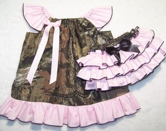 CAMO Dress Outfit / Pink + Mossy Oak / Coming Home / Ruffle Bloomers / Deer / Pageant / Flower Girl / Newborn / Infant / Bab / Gir / Toddler