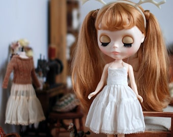 Miss yo Vintage Inner Dress for Blythe doll - doll dress / outfit - White