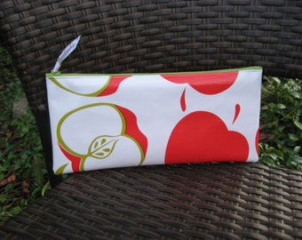 Zippered Oil Cloth Pouch--Fresh Apple Cosmetic Bag--Purse Organizer--pencil pouch teacher gift