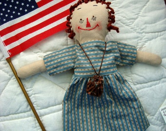 Doll Lill Annie Nmr 4 Little Raggedy Ann 10 inch for Collectors with Cloth Bag and Mini Book Colonial Style