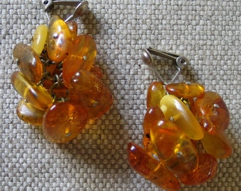 Vintage 1940s Autumn Amber Toned Translucent Copal Resin Drop Earrings