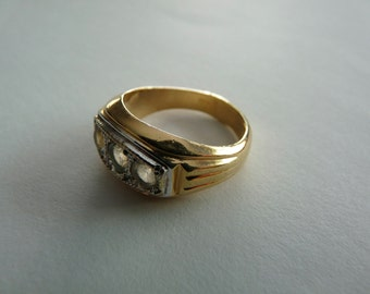 Vintage 18 KT HGE Gold Bling Ring with Fake Diamonds, Size 10.5