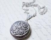 Renaissance Style Silver Locket---Christmas gift,Mother's Day gift Silver Victoriana Romantic Locket  Wedding Bridal Birthday
