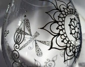 DRAGONFLY glassware set of two in henna style designs with option to PERSONALIZE. Symbolize rebirth, new beginnings, rejuvenation