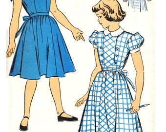 New York 899 UNCUT Vintage early 50s Girls Dress - Four Gore Skirt - Long or Short Sleeves Inset Panel Front Sewing Pattern bust 30