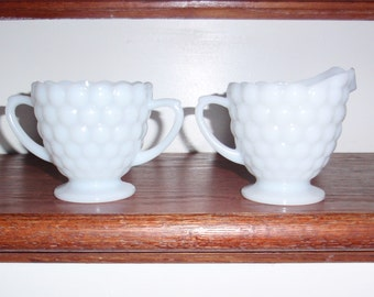 Set BUBBLE ANCHOR HOCKING Depression 1934 Milk Glass White Creamer Pitcher Sugar Scalloped Edge Excellent Condition