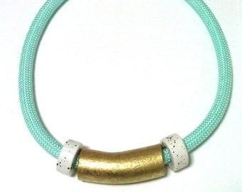 MINT ROPE NECKLACE - gold and white porcelain beads