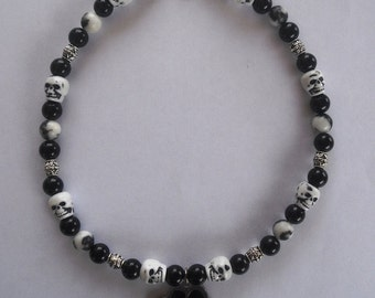 Pet Dog Necklace Collar Jewelry-Black and White with Sculls and Paw Charm-Size Large