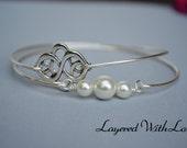 Silver Celtic Knot Bangle SET- Silver Bracelet- Geometric Bangle- Knot- Pearl Jewelry- Bridesmaids Gifts- Minimalist Jewelry