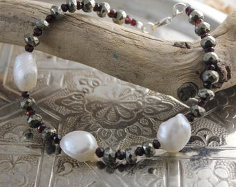 Bracelet with pyrite, garnet, pearl and silver
