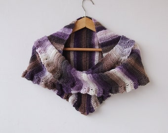 Crochet PATTERN triangle shawl, woman crochet wrap, scarf with ruffles, shaded scarf, ombre, photo tutorial,DIY, Quick and easy gift