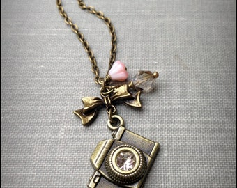 Camera Necklace, Photography Necklace, Camera Jewelry, Photography Jewelry