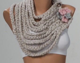 STONE Crochet Scarf. Valentine holiday scarf. Winter scarf. Trend Neckwarmer. Pink and Grey flowers.