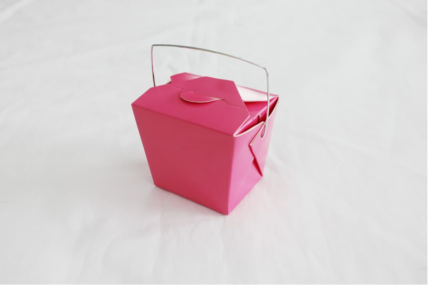 Party Favor Chinese Take Out Boxes : Small hot pink chinese take out boxes for party favors or