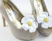 Flower Shoe Clip, Daisy Shoe Clips, Flower Bow Clip Shoes, Daisy Wedding Accessories