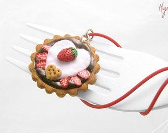 SALE - Strawberry Tart Charm, Chocolate Tart Necklace, Mini Food Jewelry, Valentines gift, Foodie gift, Kawaii Jewelry, Miniature Tart Jewel