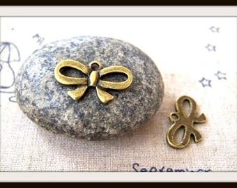 10pcs Antique Bronze Bow Charms