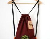 burgundy label URBAN cinch bag