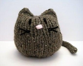 Brown Stuffed Kitty, Hand Knit Cat, Children's Stuffed Toy, Soft Plushie, Baby Shower, Nursery Decor, Chunky Knit