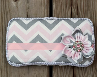 Zoom Zoom Bella Shabby Chic Pink, Grey and White Chevron Flower Boutique Wipe Case