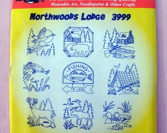 "Aunt Martha's ""Northwoods Lodge"" Hot Iron Transfer Pattern 3999 for Embroidery, Fabric Painting, Needle Crafts"