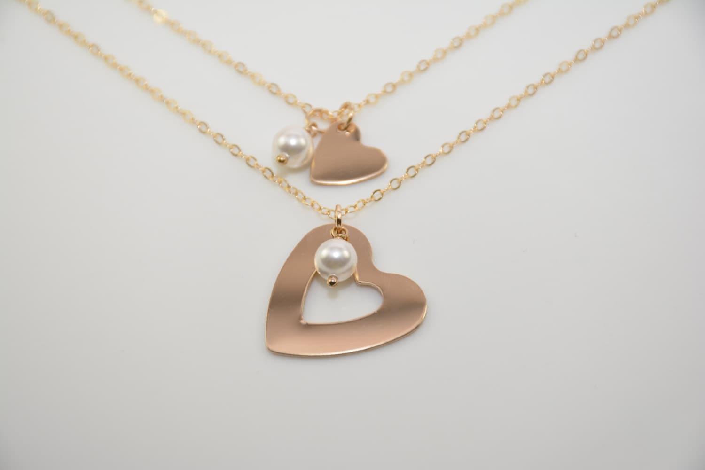 mother daughter gold heart necklace set mother daughter. Black Bedroom Furniture Sets. Home Design Ideas