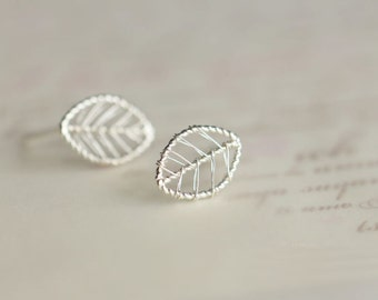 925 Sterling Silver Leaf Silver Stud Earrings 051