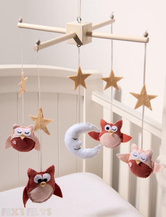Nursery mobile felt : Baby owl crib mobile