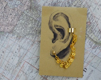 Gold Mini Skulls Gold Plated Earcuff