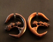 Fake Gauge Earring, Spiral Forest Tree Carving Unique Fake Wooden Gauges Earrings, 4g Piercing Ilussion Gauged Ear