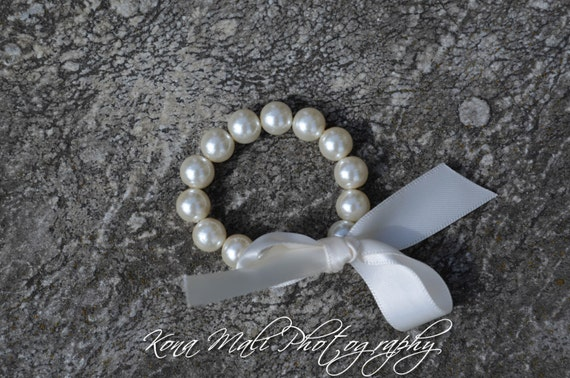 Custom Ivory Pearl Bracelet with Ivory Ribbon Bow, flower girl bracelet, bridesmaid gift, baby shower gift, or christening bracelet