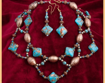 Turquoise Choker, Statement necklace,Chunky necklace,Turquoise,Copper necklace,France and Italy.Turquoise ,Copper,Earrings included.Choker