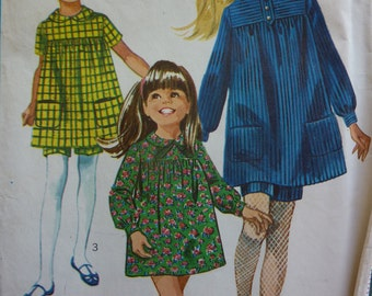 Vintage Simplicity 7235 Girls' Dress in Two Lengths and Shorts Sewing Pattern Size 6 1967