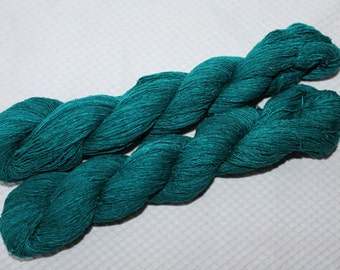 Emerald Green-bourette silk yarn Lace weight 1.75oz  382 yards