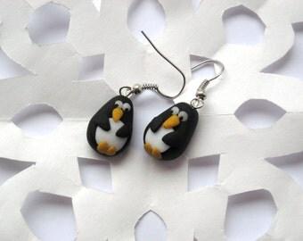 Christmas Penguin Earrings, Festive Earrings, Christmas Jewelry, Polymer Clay Earrings, Xmas Jewellery, Bird Jewellery
