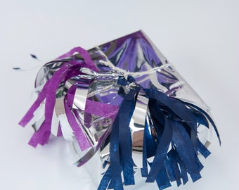 Set of 2 Tissue Tassel Gift Tags