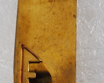 Vintage Collectible Antique Solid Brass Monogram Letter E Thin Money Clip new old stock 1940's
